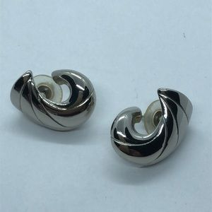 VTG Silver Tone Wave Shape Earrings